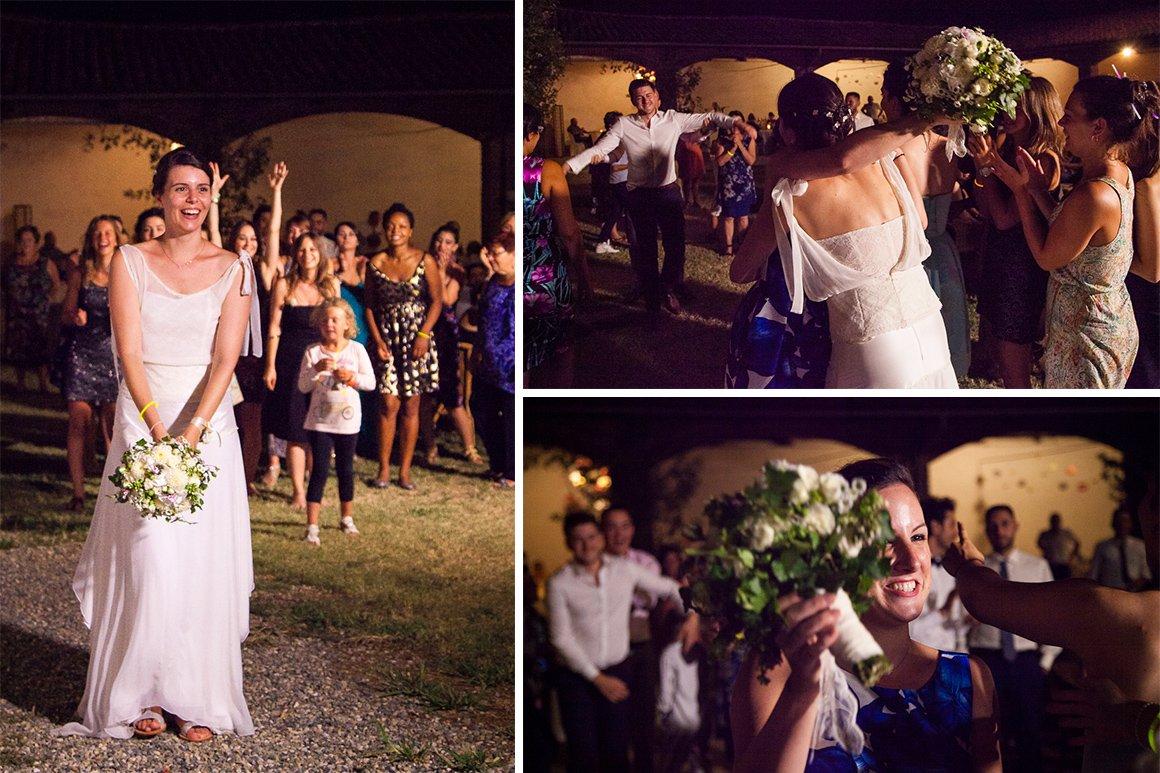 Servizio fotografico di matrimonio. Lancio del bouquet