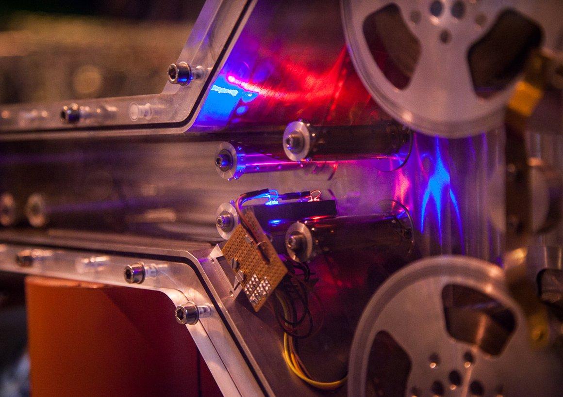 Dettaglio di un macchinario nei laboratori di ISOLDE