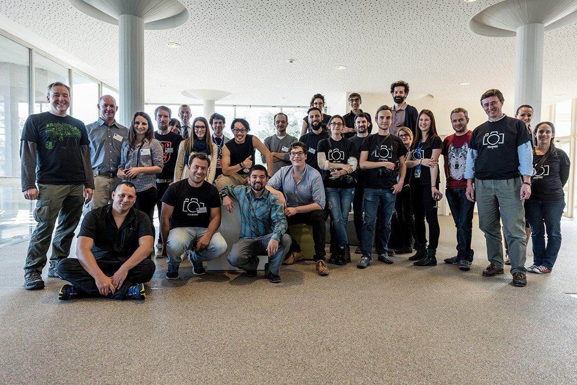 Foto di gruppo del team CERN – International Photowalk 2015. Foto di Maximilian Brice/CERN